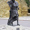 26_statue pélerin CARRION de los CONDES