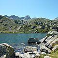 P1070189 Autre facette du lac de la Glére