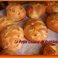 Petits pains au lait (environ 20 pains)