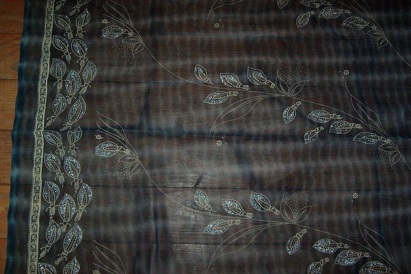 Tissu indien gris bleuté