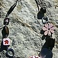 Collier fleurs rose et bois- 26$