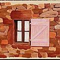 Fenêtre au volet rose