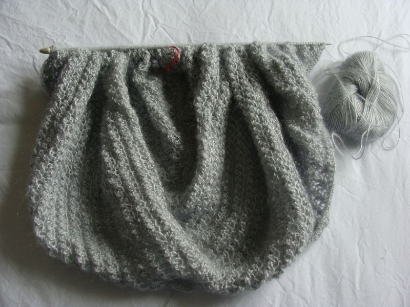 tricoter echarpe avec aiguille circulaire