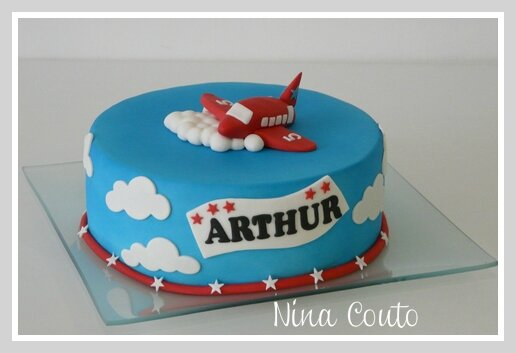 gateau avion nimes decoration pate a sucre 1