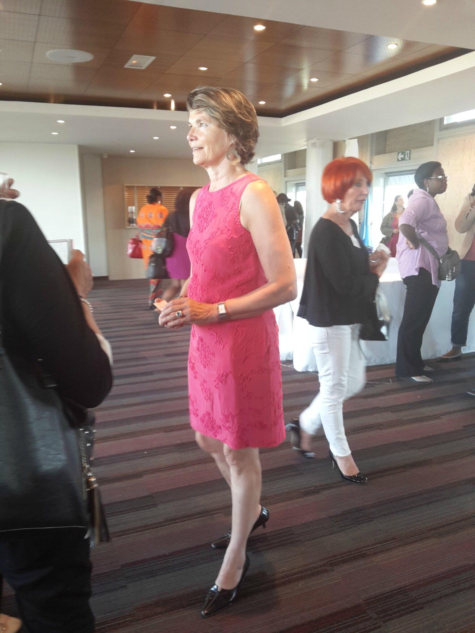 Mme Christine JOUAN-BRUNEAU Fondatrice et Présidente de l'Association Femme de Demain et organisatrice de ce Colloque – à Paris.