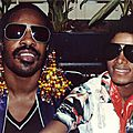 Michael Jackson et Stevie Wonder chantent Master Blaster au <b>Madison</b> <b>Square</b> Garden, en 1980 - par Gil Scott-Heron