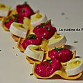 Un amuse bouche en double vague de fromage et betterave rouge