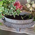 Ancienne jardinière en fonte patiné gris foncé/ VENDU