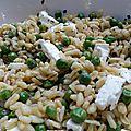 Salade de blé aux petits pois et à la féta