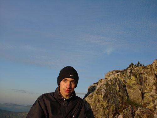 2008 05 23 Cyril au sommet du Mont Mézenc (2)