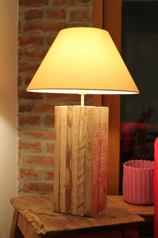 lampe en planches r cup 39 way of life. Black Bedroom Furniture Sets. Home Design Ideas