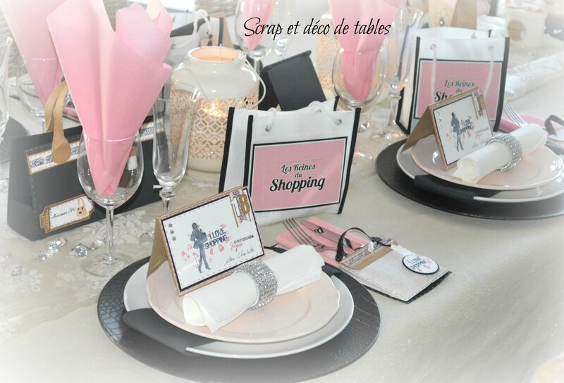 decoration de table les reines du shopping pour les 18 ans de ma fille cadette scrap et d co. Black Bedroom Furniture Sets. Home Design Ideas