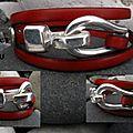 Fermoir crochet en métal argenté bordé de rivets en forme de coeurs, pour ce <b>bracelet</b> triple tour en cuir rouge !