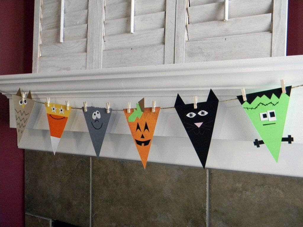 20-Great-DIY-Halloween-Garlands-and-Banners-for-Perfect-Halloween-Home-Decor-11