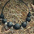 collier ethnique avec plumes - 25$
