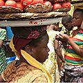 Bénin: ces enfants esclaves du marché de cotonou