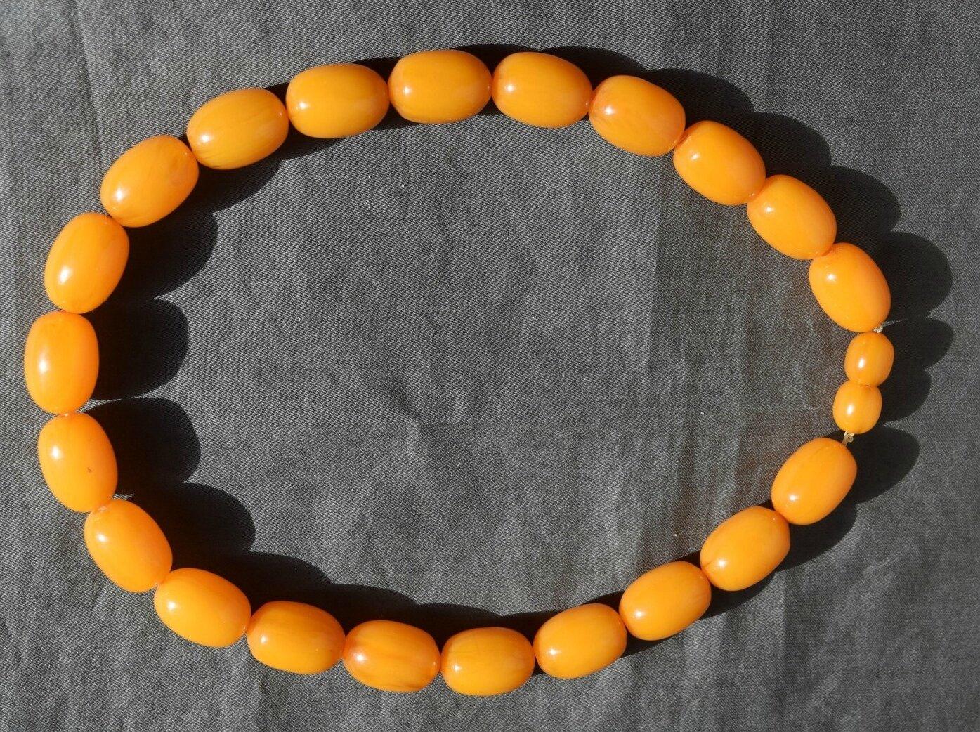VINTAGE : COLLIER BAKÉLITE NECKLACE couleur jaune oranger ambre