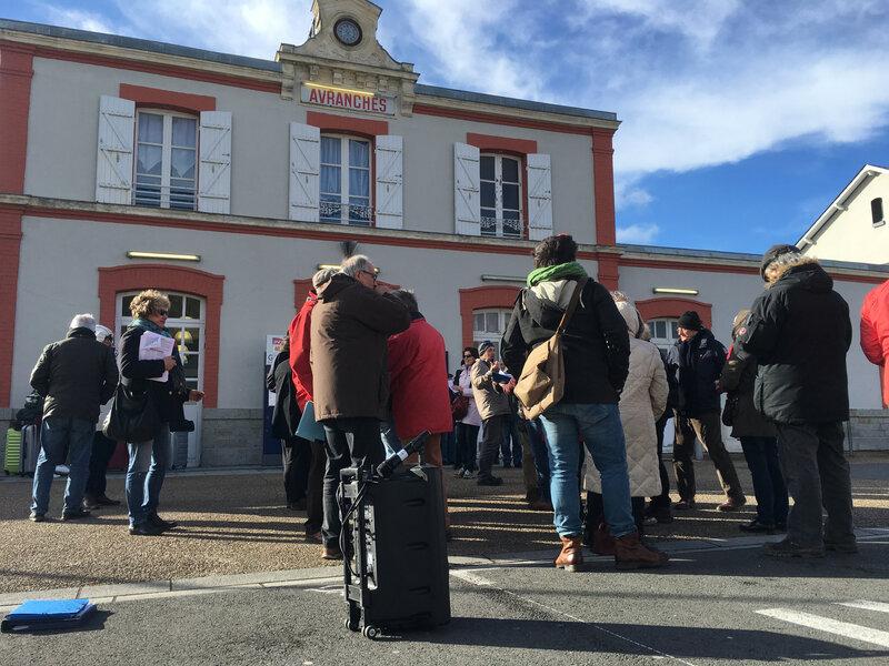 fermeture-guichet-gare-SNCF-30:03:2018-rassemblement-citoyen