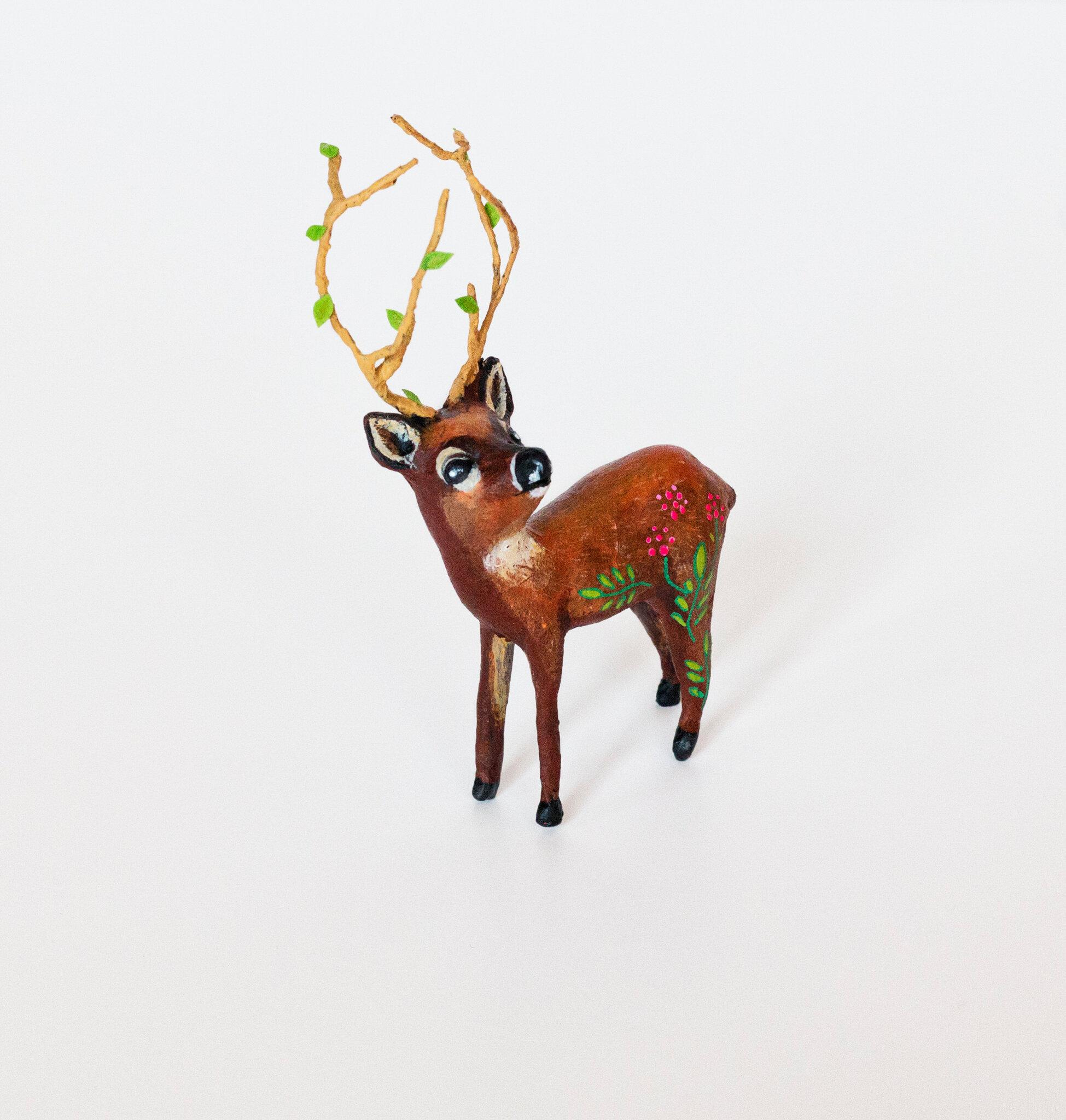 Deer1_Papiermache_Sculpture_AlinePallaro_2018