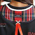 Robe Trapèze bicolore noire/ Grise carreaux écossais rouge