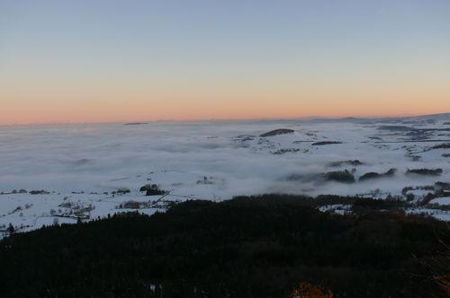 2008 12 24 Mer de nuages depuis le Pic du Lizieux en soirée