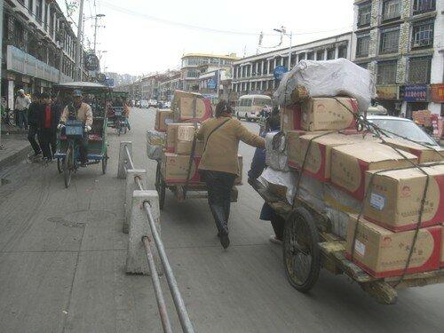 Scene de rue, Lhassa