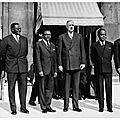 Pourquoi les pays africains payent un impot colonial en france malgre leur independance?