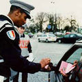 La police se moque de <b>Brice</b> <b>Hortefeux</b>