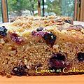 Bon gros gâteau à la farine et crumble de châtaignes, aux pommes et myrtilles