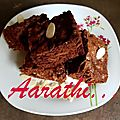 <b>Brownie</b> with Almond Flakes