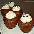 Cup carrot cake