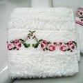 serviette à Main aux roses 6