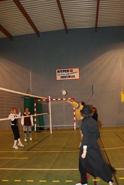 2010-12-16_volley_deguise_55