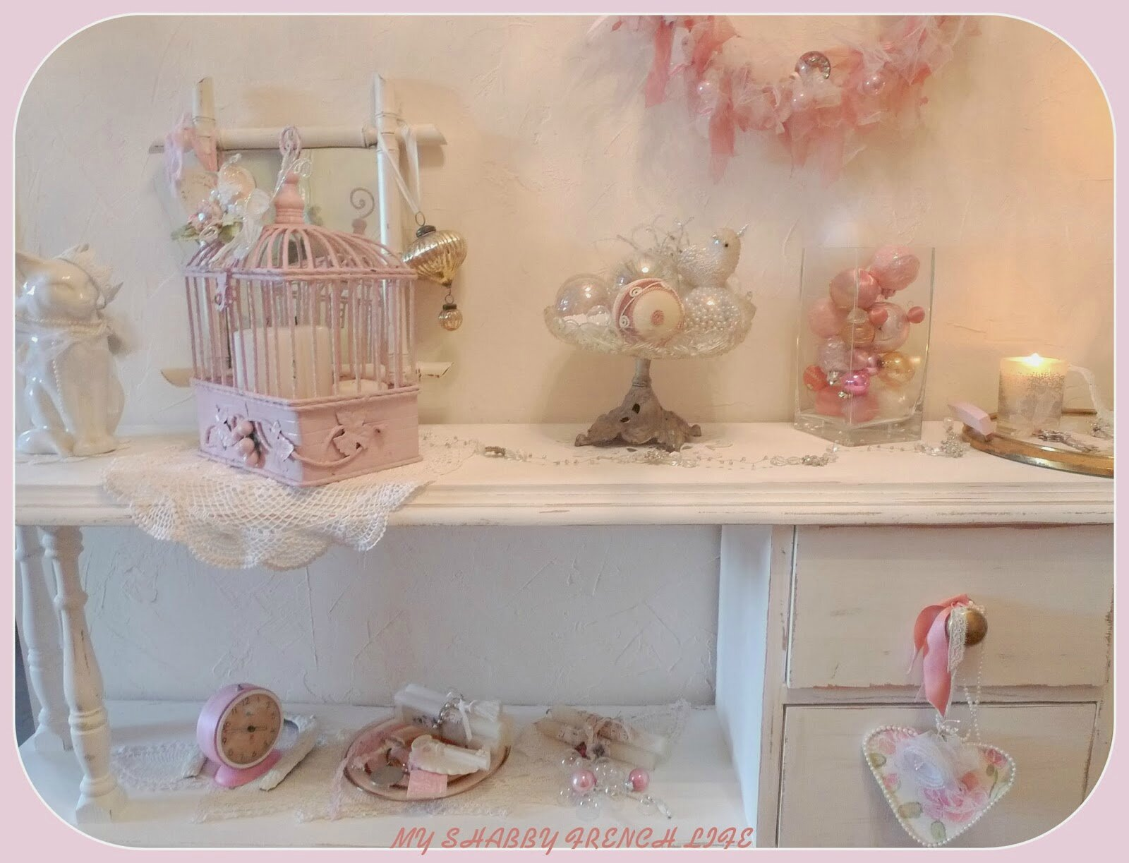 noel shabby chic rose 13 photo de shabby chic une petite pause. Black Bedroom Furniture Sets. Home Design Ideas
