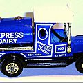 Y-3 Ford Model T Tanker Express Dairy A 3