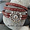 Encore du soleil avec ce <b>bracelet</b> double tour et double rang de cuir cousu rouge et son <b>fermoir</b> <b>aimanté</b> fleur de tournesol !