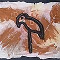 Art rupestre oiseau échassier sables colorés - Inspiration art préhistorique - Art pariétal enfant