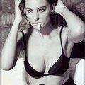 Monica bellucci smokes