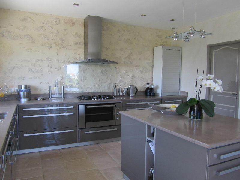 03 la cuisine ambiance contemporaine photo de deco 39 39 les ambiances 39 39 39 39 les. Black Bedroom Furniture Sets. Home Design Ideas