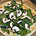 Pizza champignons, épinards et citrons confits