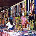 Pareos au marché de Papeete