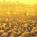 1902 - DES CATHOLIQUES FRANÇAIS S'OPPOSENT A LA LOI RÉPUBLICAINE