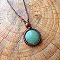 <b>Collier</b> pierre d'aventurine, pendentif <b>macramé</b> nature