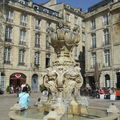 Fontaine (1865) - Place du Parlement.