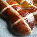 Hot cross buns (petites brioches de pâques)