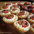 Mini-tartelettes au chèvre frais et tomates cerises