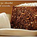Gâteau au chocolat, éclats d'amandes