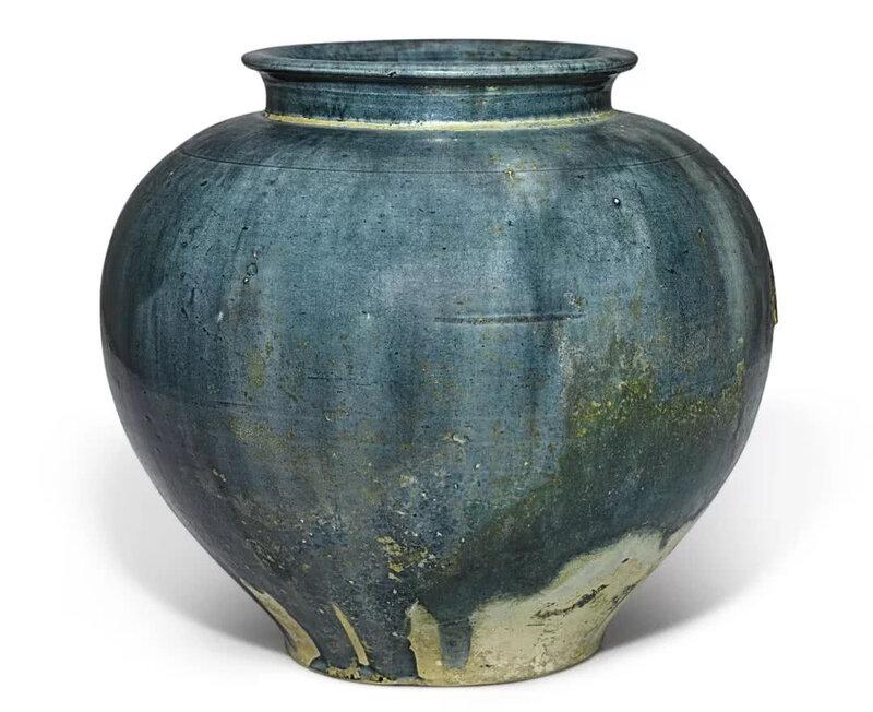 A superb blue-glazed pottery jar, Tang dynasty (618-907)