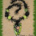 collier poilu noir-vert 2