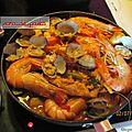 Paella aux duo de poissons et poulet.